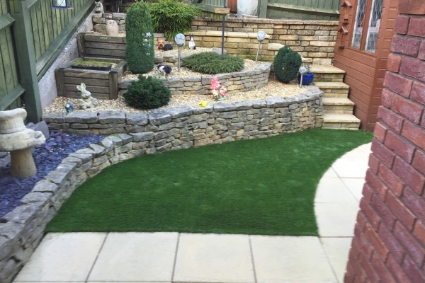 Artificial Grass Garden project - Kingsteignton