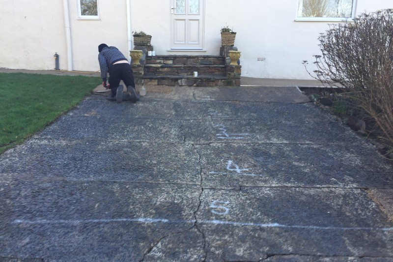 Front Parking Bay and Paths Resin Transformation (UV) in Bideford